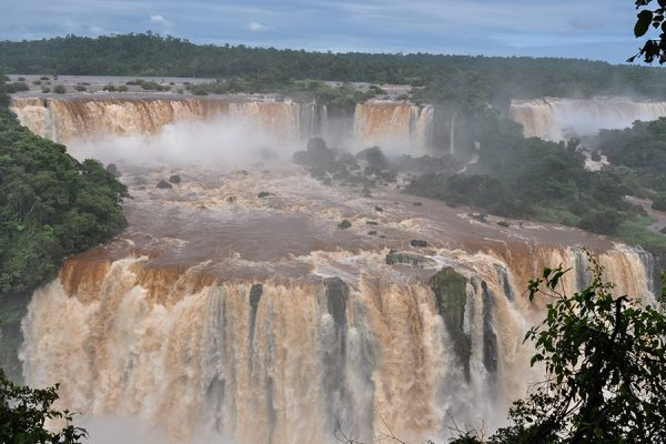 A photograph of the great water fall in National park in Brazil by Kilias Hung